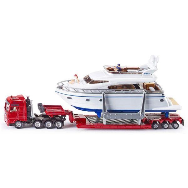 Xe tải chở du thuyền