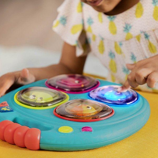Bộ đồ chơi luyện trí nhớ với đèn và ánh sáng