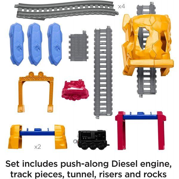 Mô hình bộ đường ray vượt chướng ngại vật cùng Diesel