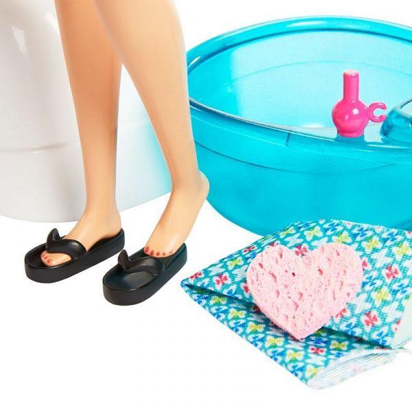 Thư giãn ở spa cùng Barbie