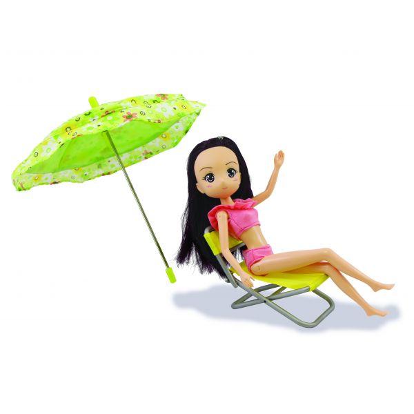 Hiền Hòa tắm nắng trên bãi biển