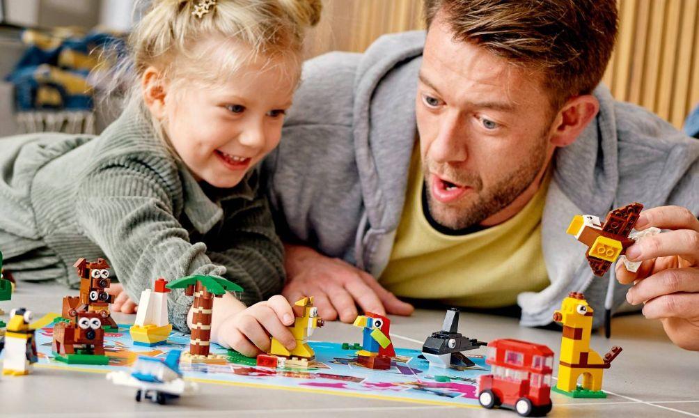 Bố ơi mình chơi gì thế? Gợi ý những cách bố chơi với con vô cùng hiệu quả
