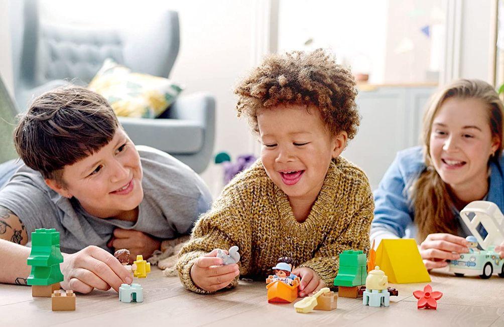 Chia sẻ cách chọn quà trung thu cho bé phù hợp độ tuổi và giới tính